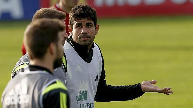 Del Bosque prueba otra vez con Costa, Silva y Pedro en punta
