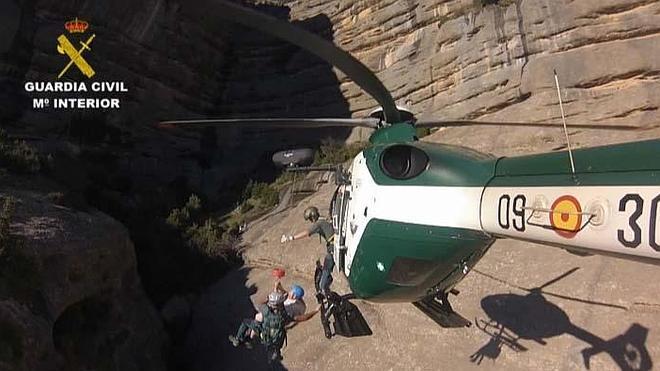 El Servicio de Montaña de la Guardia Civil rescató a 343 personas en junio y julio
