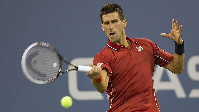Djokovic completa la jornada ganadora de los grandes favoritos