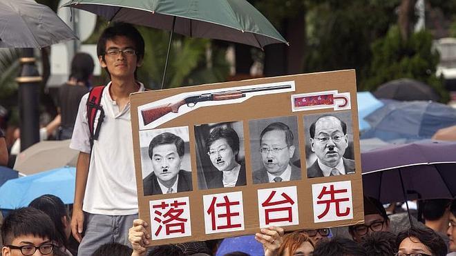 Hong Kong celebra su fiesta nacional con una protesta multitudinaria