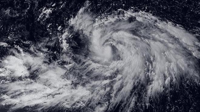 El tifón Phanfone llega al centro de Japón