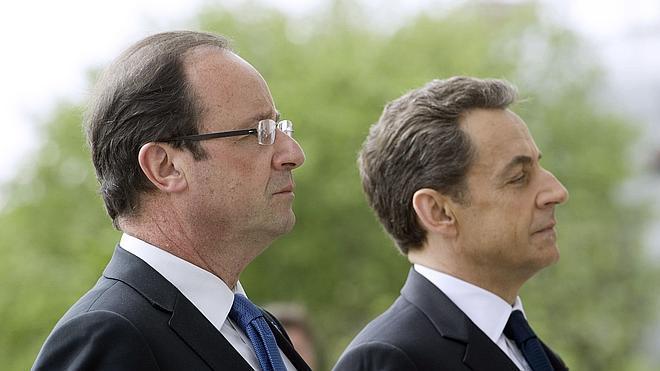 Sarkozy apunta a Hollande como instigador de la guerra interna en la UMP