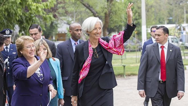 Lagarde dice que la bajada del paro en España es «el principio de un proceso»