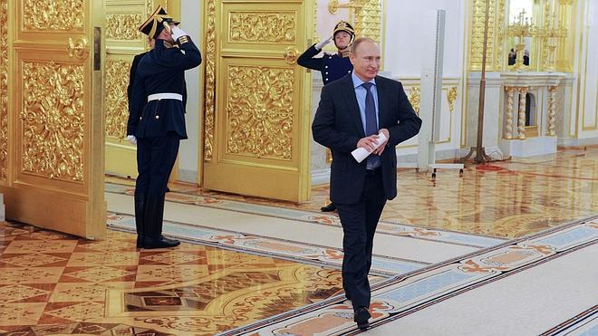 Putin y Hollande se reunirán hoy en Moscú
