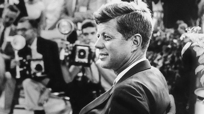 ¿Qué olor tuvo la muerte de JFK, Lady Di, Gadafi o Whitney Houston?