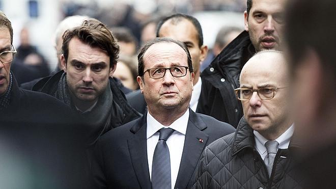 Condena internacional a un atentado «contra la libertad de prensa y expresión»