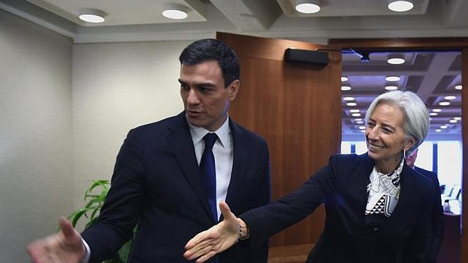 Pedro Sánchez defiende la receta de EE UU frente a la austeridad de la UE