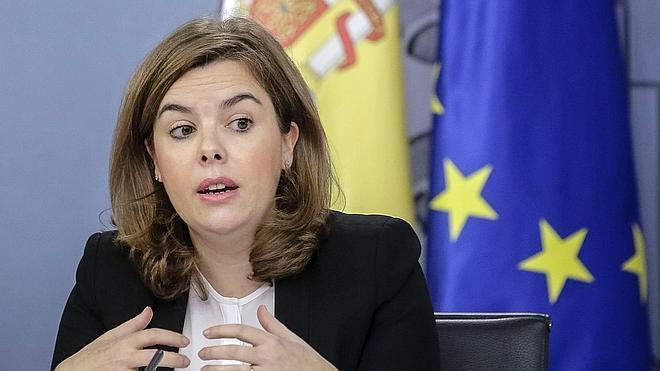Sáenz de Santamaría: «Artur Mas es incapaz de gobernar»