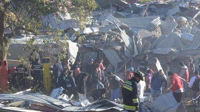 Mueren cuatro bebés y tres adultos por la explosión en un hospital infantil en México
