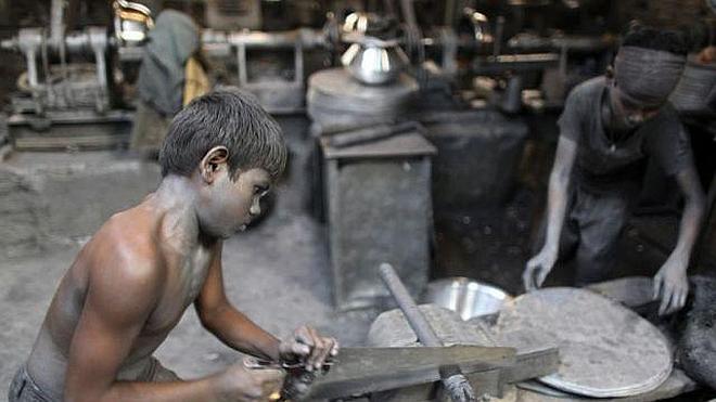 Rescatan a 350 niños obligados a trabajar en «condiciones inhumanas» en fábricas indias