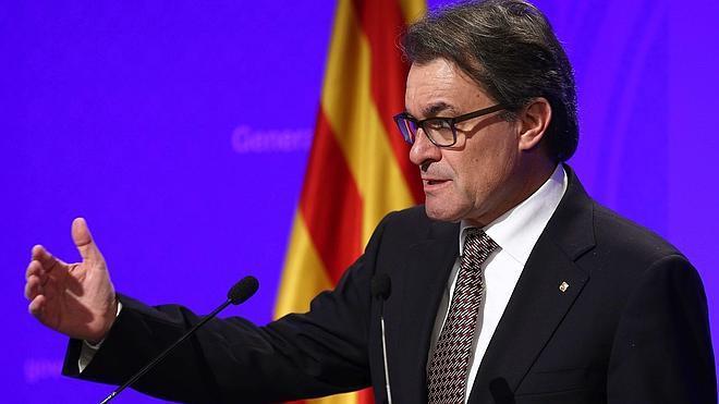Mas desdeña la oferta de Junqueras de entrar en el Gobierno catalán