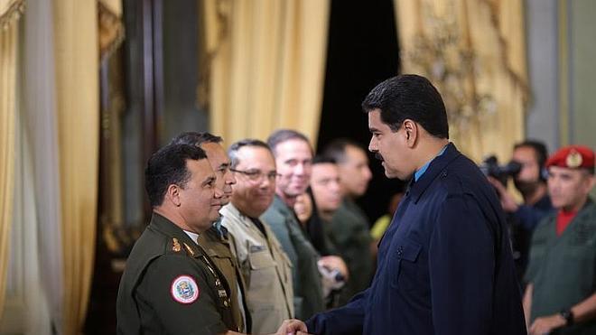 Maduro obtiene los poderes especiales que reclamaba