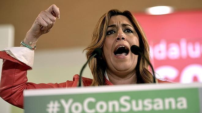 Susana Díaz, segura de lograr una victoria amplia que le permitirá pactar solo con los andaluces