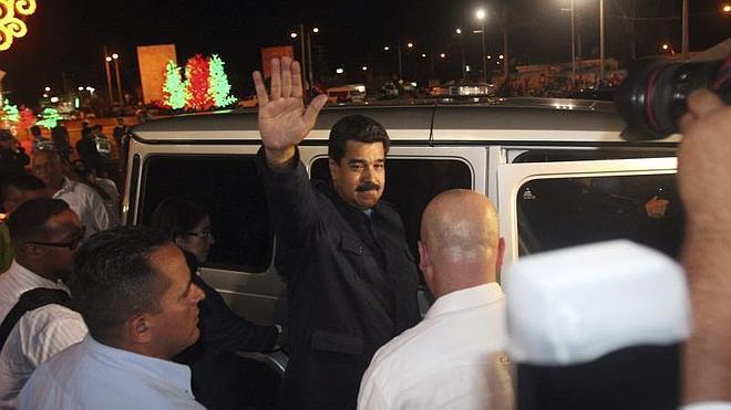 Maduro llama «franquista» al Gobierno español