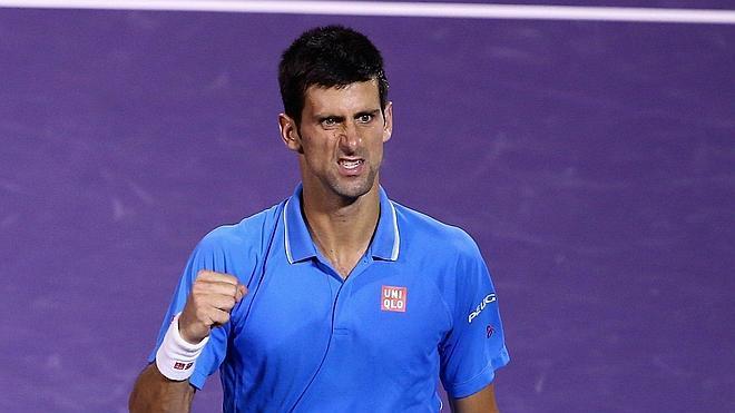 Djokovic vence a Isner y se verá las caras con Murray en la final