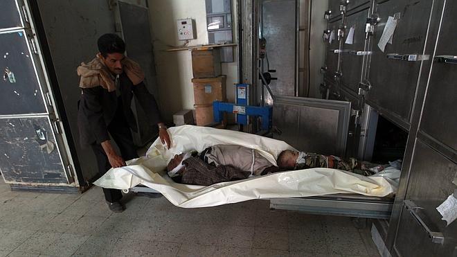 La coalición árabe bombardea por primera vez el centro de Saná