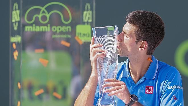 Djokovic gana su quinto Masters 1.000 de Miami