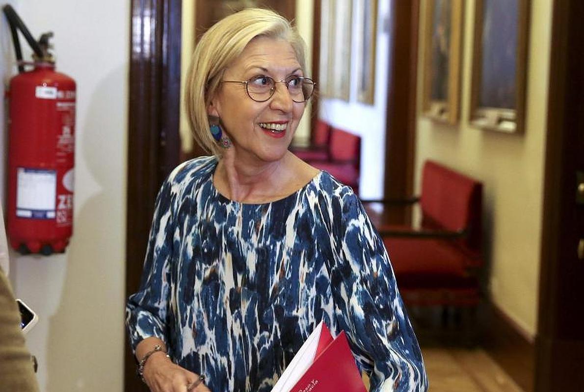 Rosa Díez acusa a los disidentes de UPyD de «arrimarse al sol que más calienta»