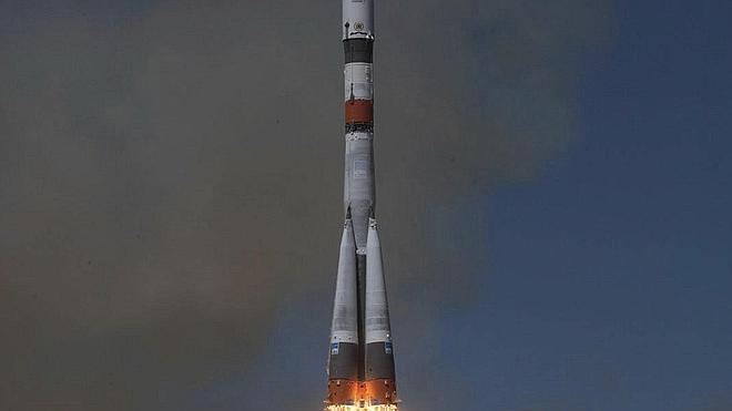Rusia pierde el control del carguero espacial Progress, que cae hacia la Tierra