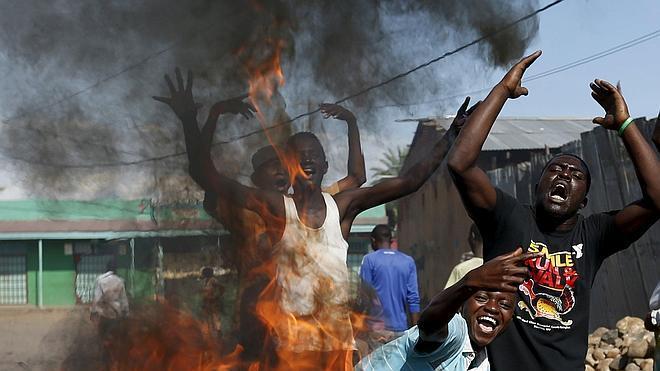 Los enfrentamientos continúan en Burundi mientras el presidente llama a la calma