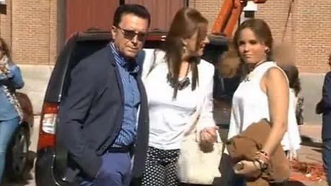 Ortega Cano asiste a los toros horas después de salir de prisión
