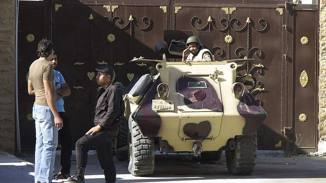 El Estado Islámico ejecuta a un soldado egipcio en el Sinaí