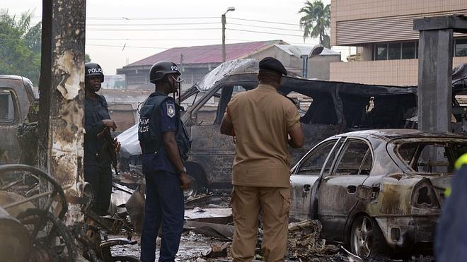 Más de 90 muertos en el incendio de una gasolinera en Ghana