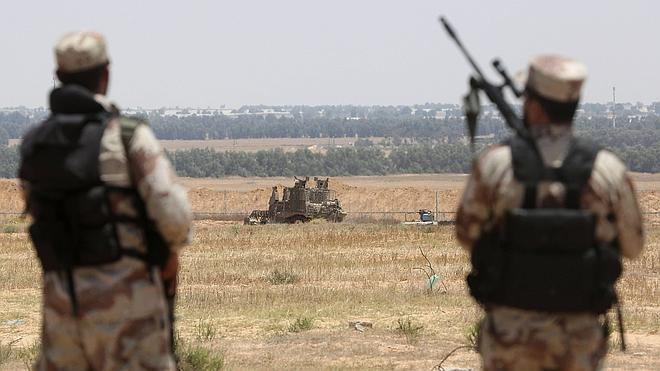 Israel bombardea Gaza en respuesta al lanzamiento de cohetes