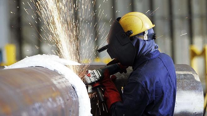 Los españoles necesitan trabajar 182 días para pagar sus impuestos