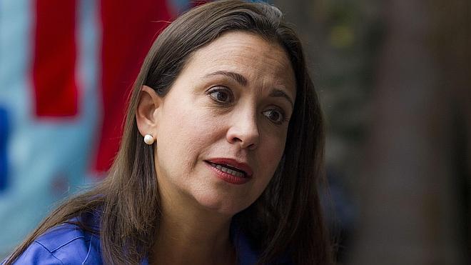 Inhabilitan a la opositora venezolana María Corina Machado para las legislativas