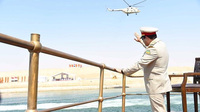 Egipto inaugura el nuevo canal de Suez bajo enormes medidas de seguridad