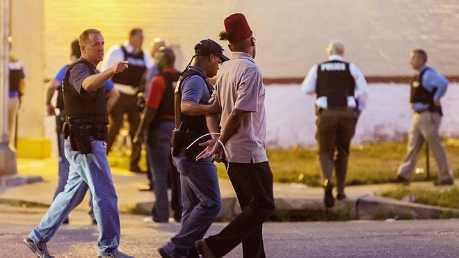 La muerte de un negro a manos de la Policía desata la tensión en San Luis
