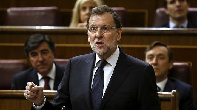 La oposición acusa al Gobierno de «mentir más que habla» en la última sesión de control