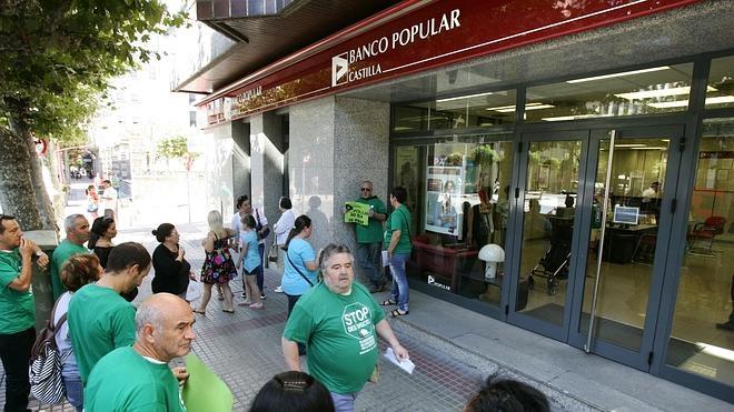 La Comisión Europea defiende que los bancos devuelvan el dinero por las cláusulas suelo