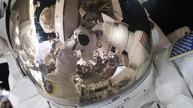 La Estación Espacial celebra el quince aniversario desde la llegada del primer astronauta