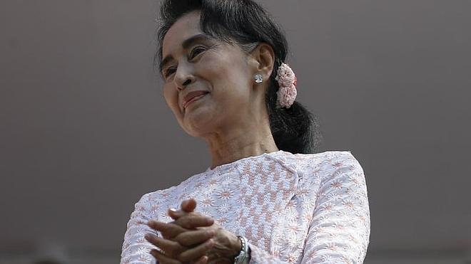 Suu Kyi augura la victoria de su partido en las elecciones de Birmania