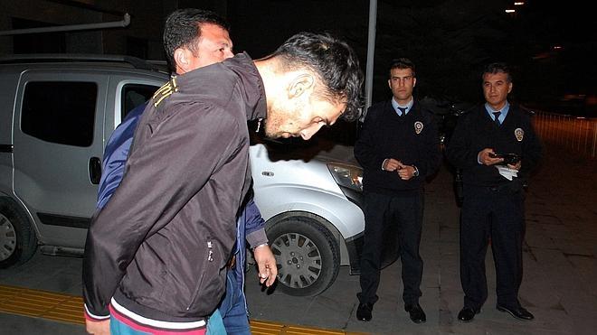 Tres detenidos en Turquía por su presunta vinculación con la masacre de París