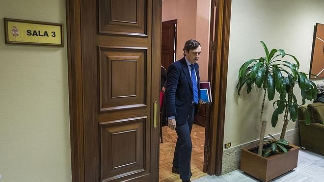 El PP tiende la mano a PSOE y Ciudadanos para alcanzar «un gran acuerdo por España»