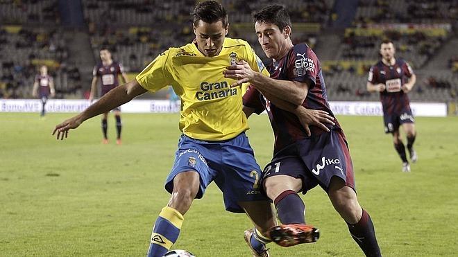 Las Palmas repite victoria y resultado