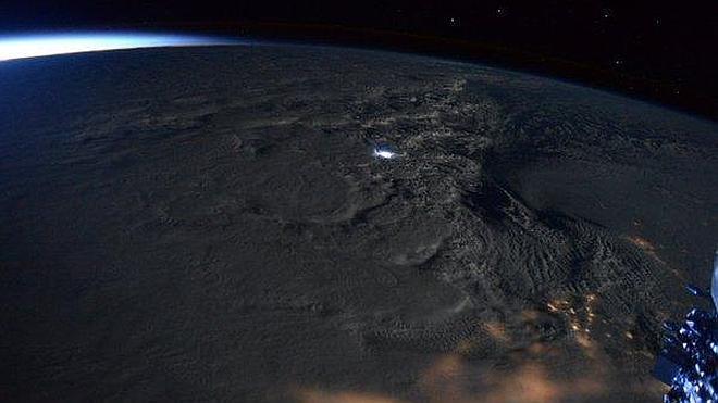 Así se ve Ia tormenta Jonas desde la Estación Espacial