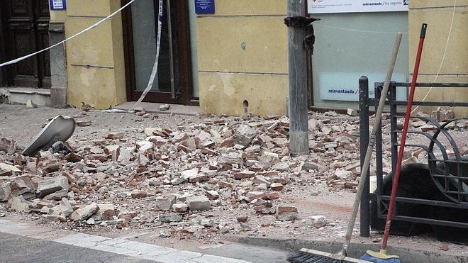 El presidente del Colegio de Geólogos no espera un terremoto más grande