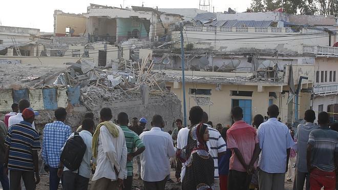 Al menos 18 muertos en un doble atentado en el centro de Somalia