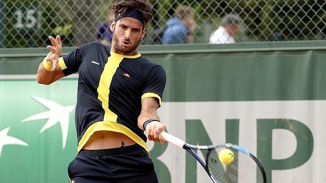 Los tenistas españoles se superan en Francia