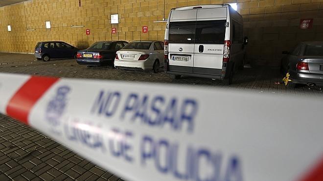 La mujer asesinada en Sevilla murió estrangulada con una cuerda
