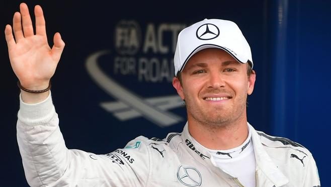 Rosberg roba el foco desde Bakú