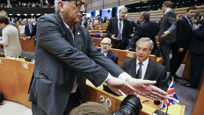 La bronca de Juncker a los pro-Brexit: «¿Qué hacen ustedes aquí?»