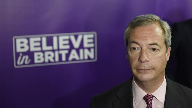 Nigel Farage dimite tras cumplir su sueño del 'Brexit'