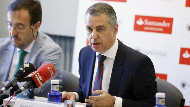 Urkullu pide a ETA que se desarme en un año