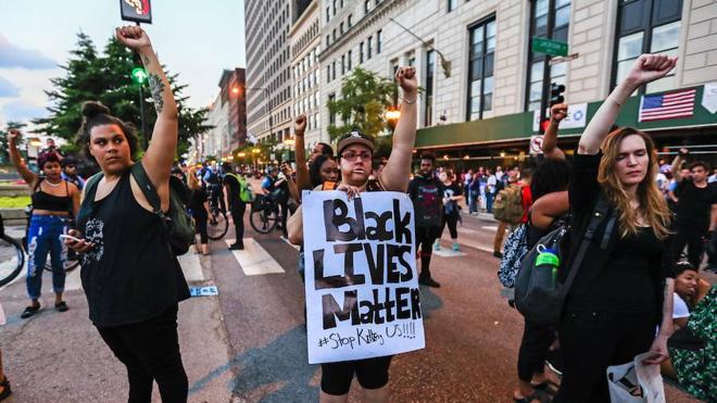 Más protestas en EE UU por la violencia policial contra los negros