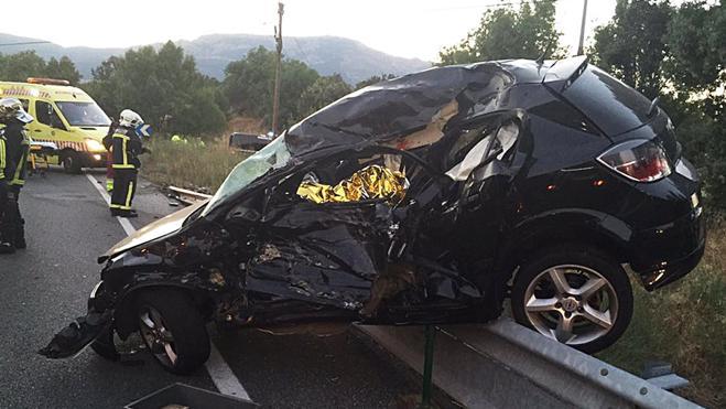 Dos muertos y dos heridos graves en un accidente de tráfico en El Escorial